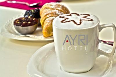 ayri-hotel-parma-camere-colazione-in-camera